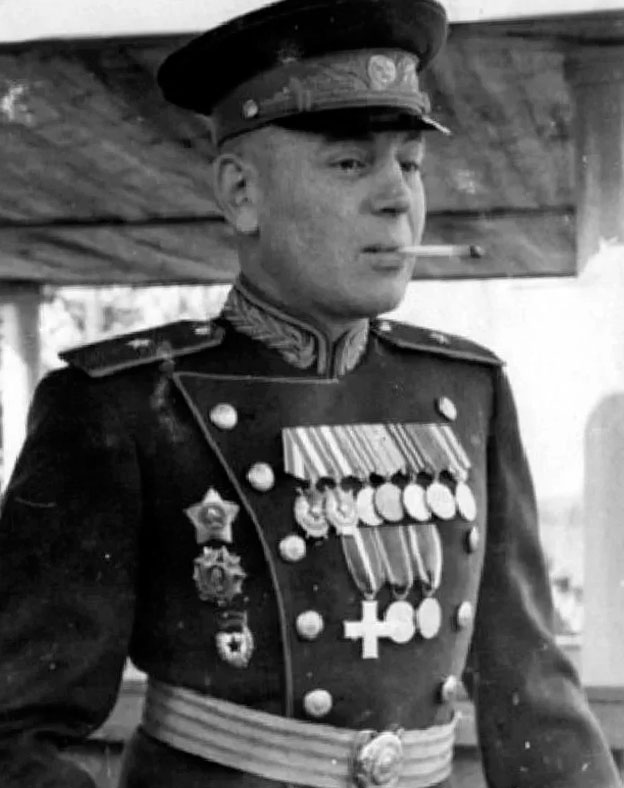 Генерал Василий Сталин