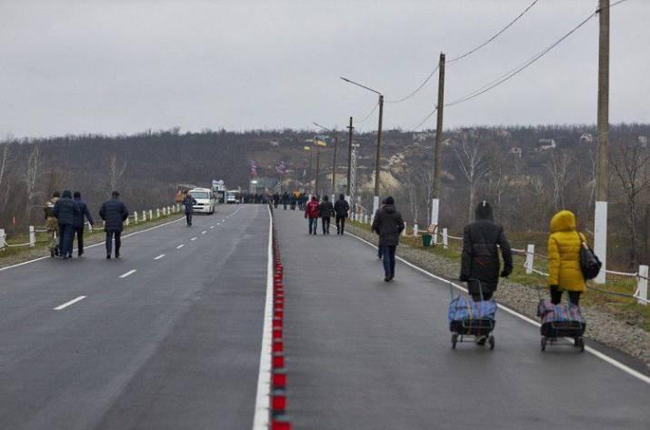 Стала известна сумма, которую заплатили за мост в Станице Луганской