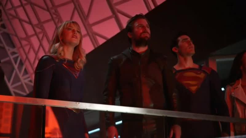 EXCLUSIVE Crisis on Infinite Earths SneakPeek Harbinger Recruits the Heros Supergirl Earth 38