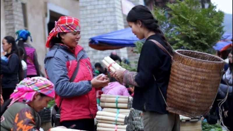 Cải Mèo Cuộn Nấm Nướng Và Phiên Chợ Tây Bắc Rice in bamboo tubes northwestern vietnam market !