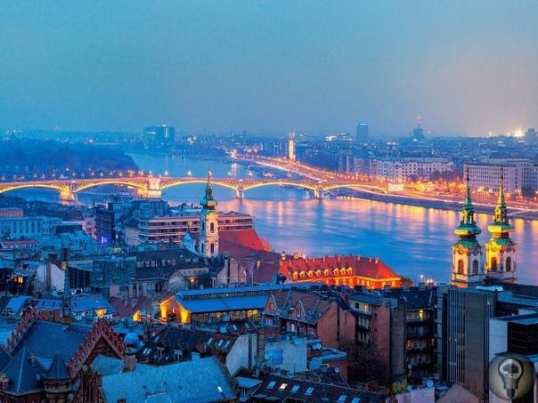 Изучаем Будапешт Роскошно-винтажный Будапешт. Сюда едут за тем, чтобы насладиться благами цивилизации, данными в причудливом сочетании: здесь можно искупаться в термах, прогуляться по улице,