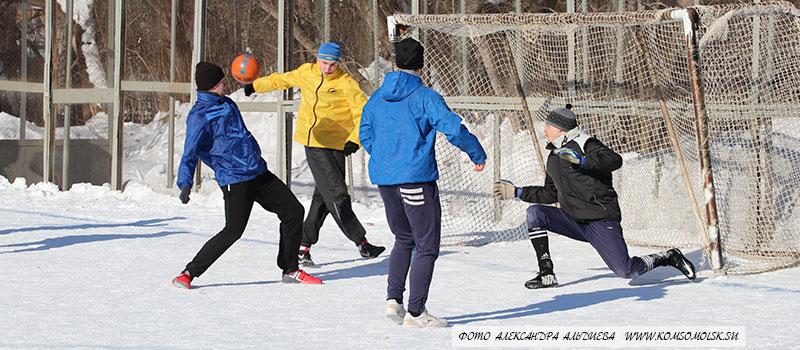 Финал турнира по футболу зимней спартакиады КнААЗ