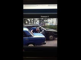 Сливают бензин в Воронеже