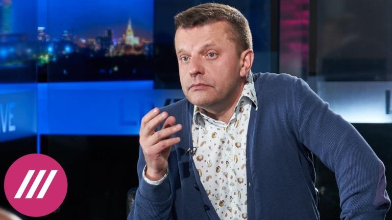 «Власть хочет править как Сталин, а жить как Абрамович»: Леонид Парфенов о законах об «иноагентах»