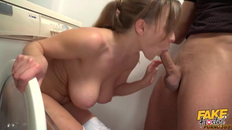 Порно Няня Застряла