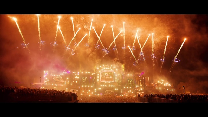 Dimitri Vegas Like Mike vs Quintino The Chase Official Music Video