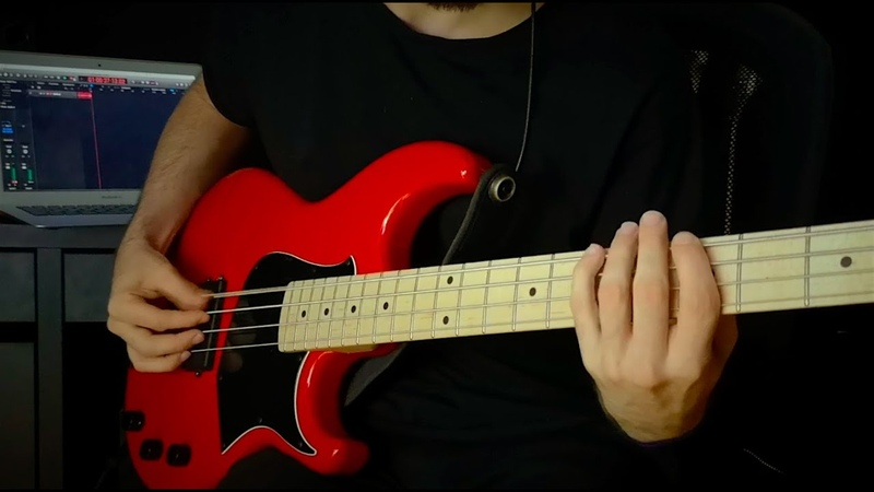 Miki Santamaria Looking Back Solo Bass with Looper with TABS