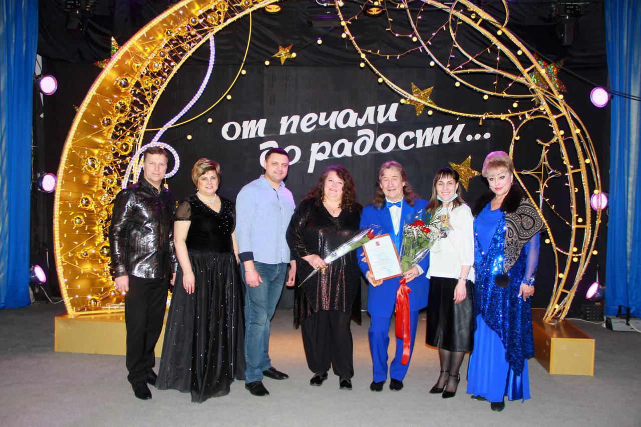 В районном Доме культуры состоялся творческий вечер Виктора Шеенкова