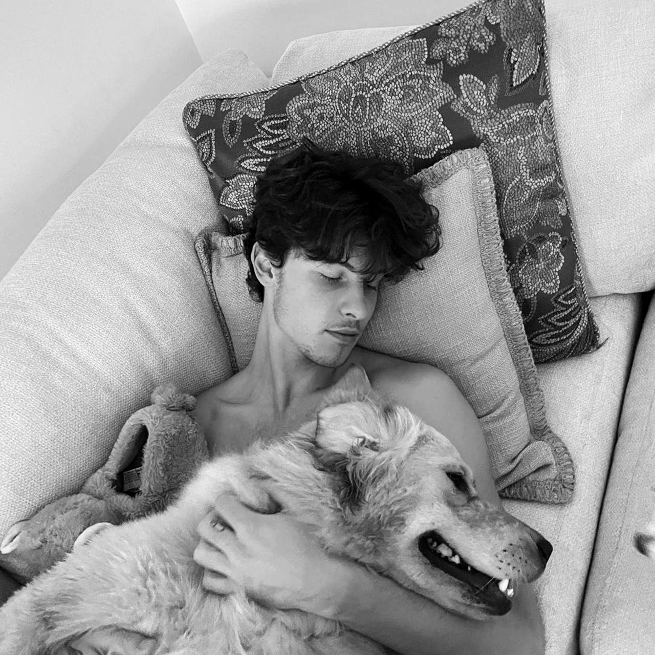 фото из альбома Shawn Mendes №13