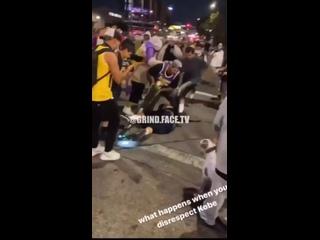 Болельщики «Лейкерс» избили парня за то, что он сказал «Fuck Kobe»