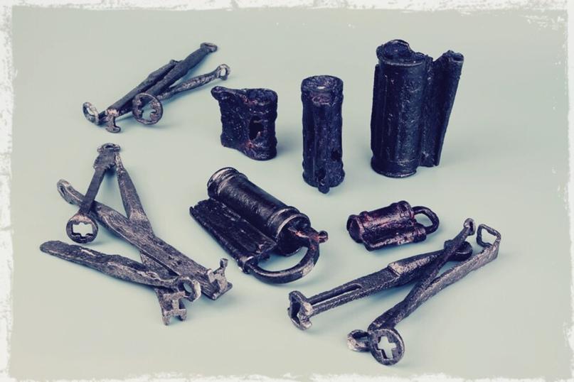Металлические изделия, найденные в Ярославле