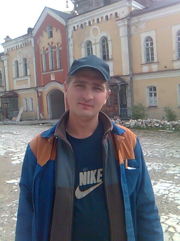 Dmitriy, 34, Trekhgornyy