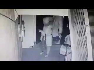 Пытался изнасиловать 70 летную пенсионерку .mp4