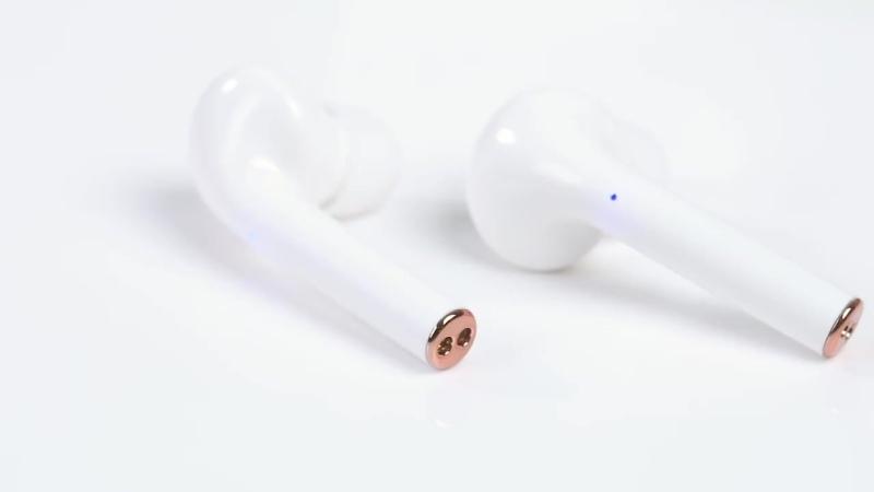 Беспроводные Bluetooth наушники для телефонов на Android и IOS