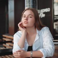 Yana  Sazonova