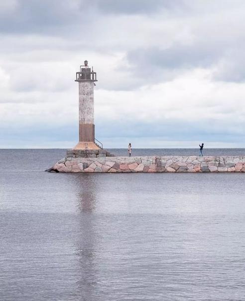 ????????Маяк Вуохенсало на Ладожском озере   Находится в бухте Моторная в одноименной деревне. Раньше, как и... Санкт-Петербург