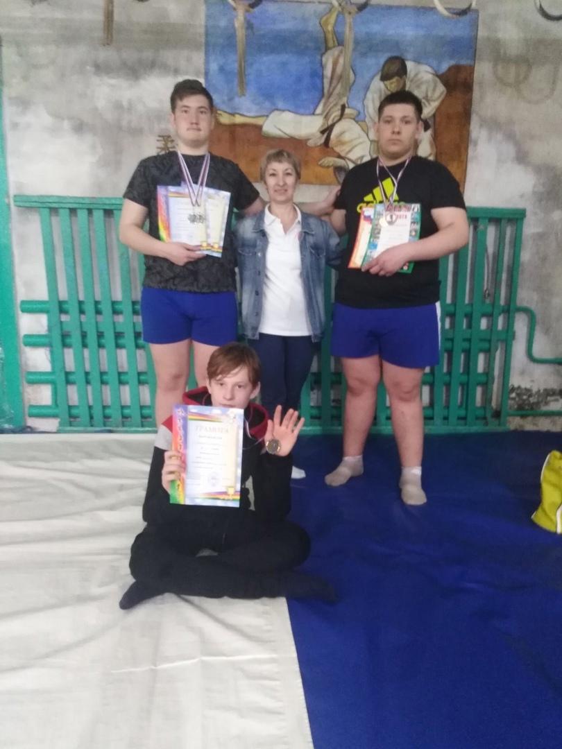 Петровчане стали призёрами соревнований по борьбе сумо