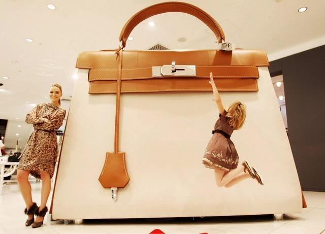 Интересные факты о сумках. Как отличить сумку из натуральной кожи от подделки