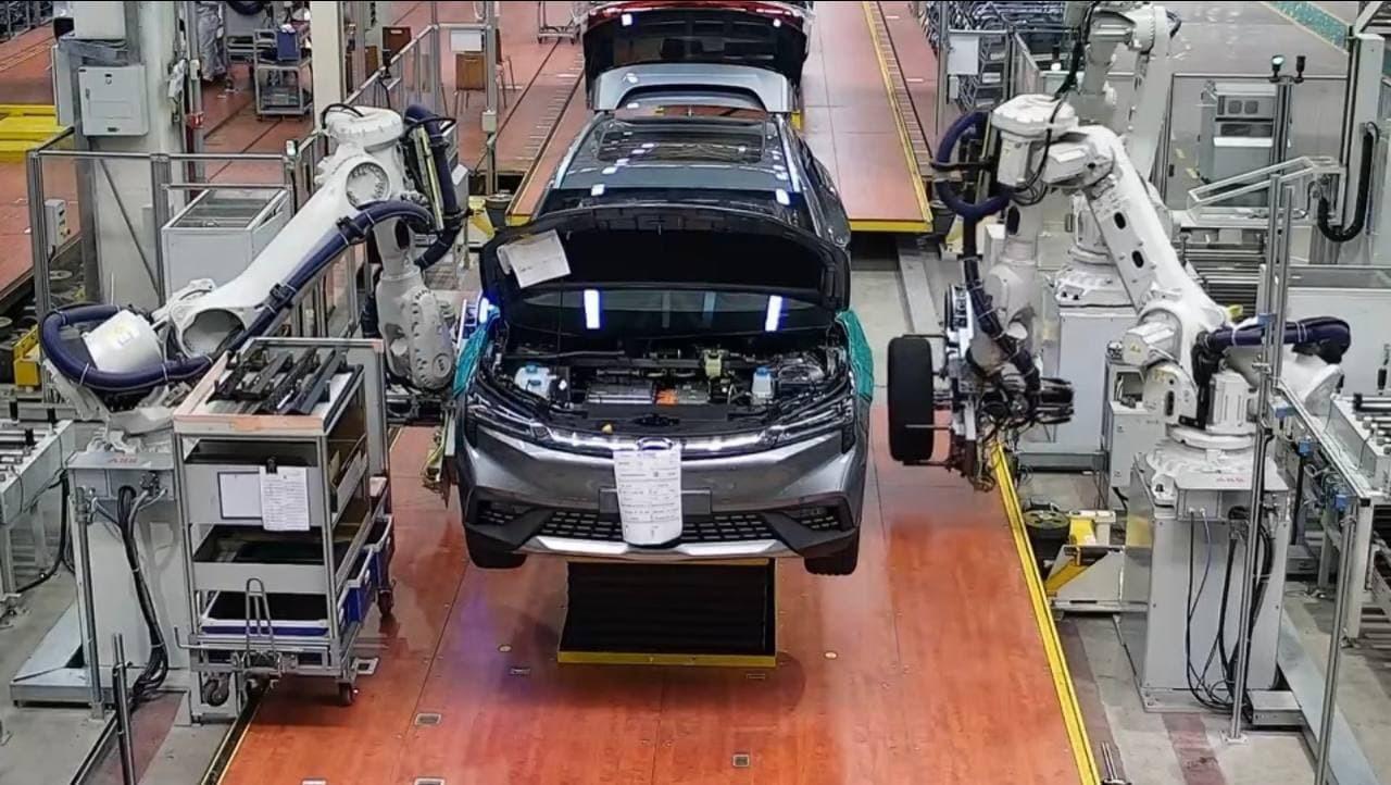 Как мы электромобиль в Китае покупали (GAC Aion LX)
