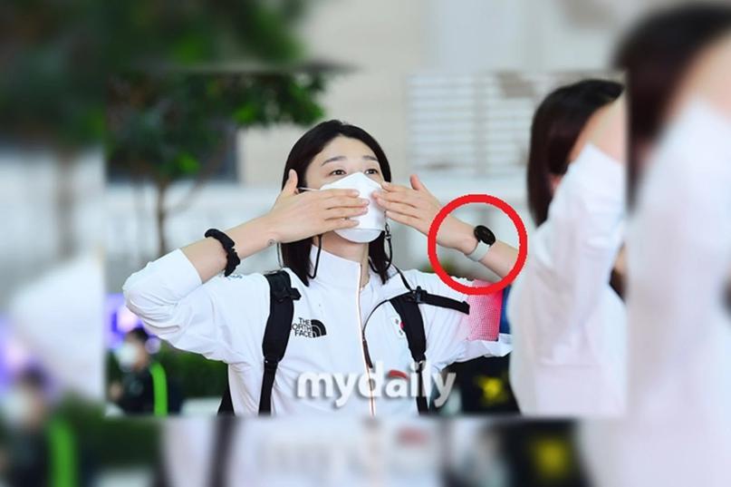 Знаменитости уже носят Samsung Galaxy Watch 4: часы засветились на живых фото.