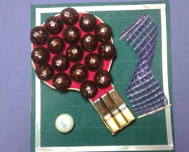Как сделать ракетку из конфет своими руками мастер-класс, Как сделать спортивные снарялы из конфет своими руками мастер-класс,