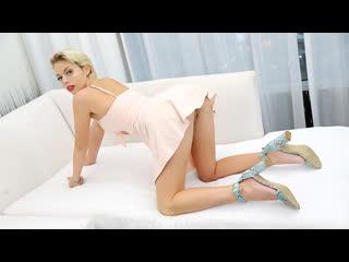 Savanna Jolie [секс, минет, порно, инцест, анал]
