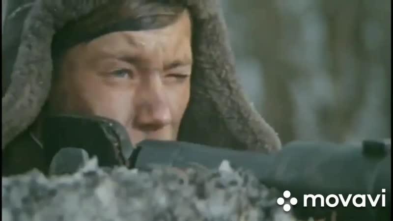 Песня У деревни Крюково исполняет Ирина и Екатерина Бариновы