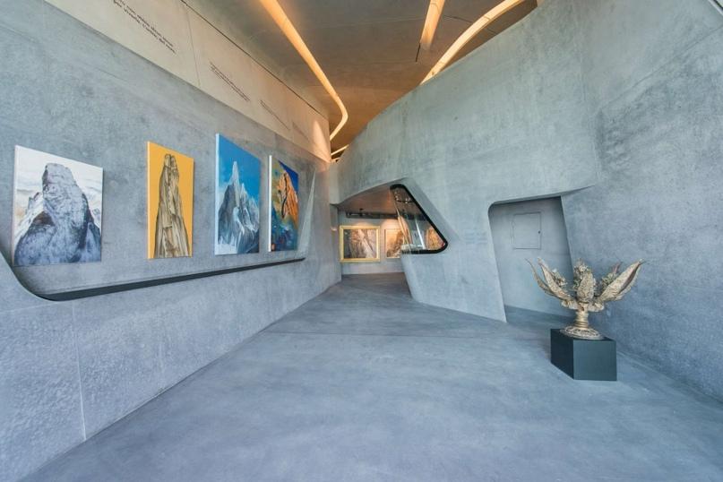 Лучше гор может быть только музей с видом на горы, изображение №3