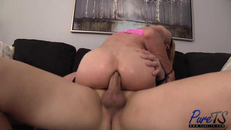 [Pure-TS] Tall  slender CD Jessica Lynne makes her anal debut  rq
