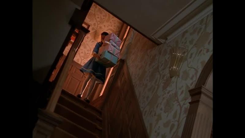 Девочка призрак на лестнице Отрывок из сериала Боишься ли ты темноты