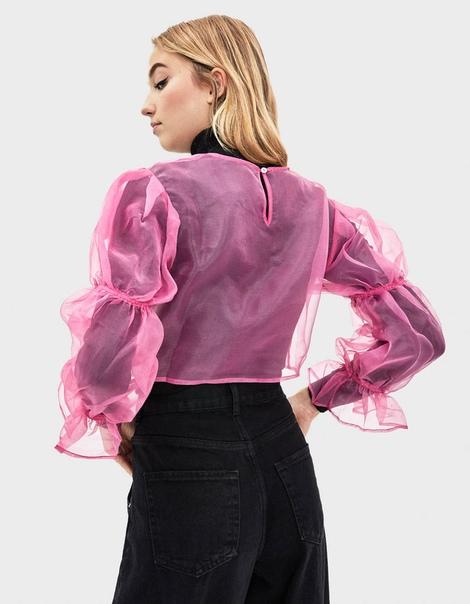 Блуза из органзы со сборкой на рукавах