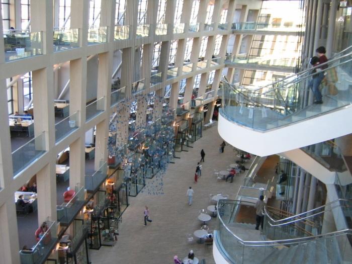 5 аэропортов мира, из которых предлагают отправиться на экскурсии, не требуя за них ни копейки, изображение №7