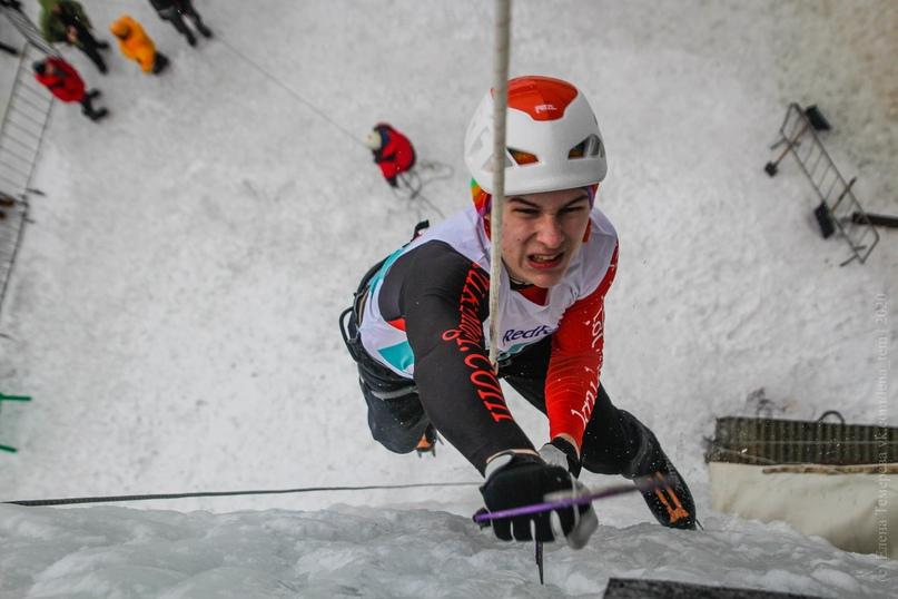 Главные отечественные ледолазные старты сезона финишировали в городе Кирове в минувшие выходные – чемпионат и первенство России по альпинизму. Всем было что доказывать и что терять…, изображение №63