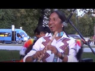 Индейцы играют Деспасито! Despacito (cover) ~ Sumac Kuyllur. Ну какие же они все таки классные!