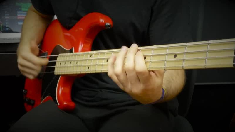 Mikis Groove Slap Bass Solo Miki Santamaria
